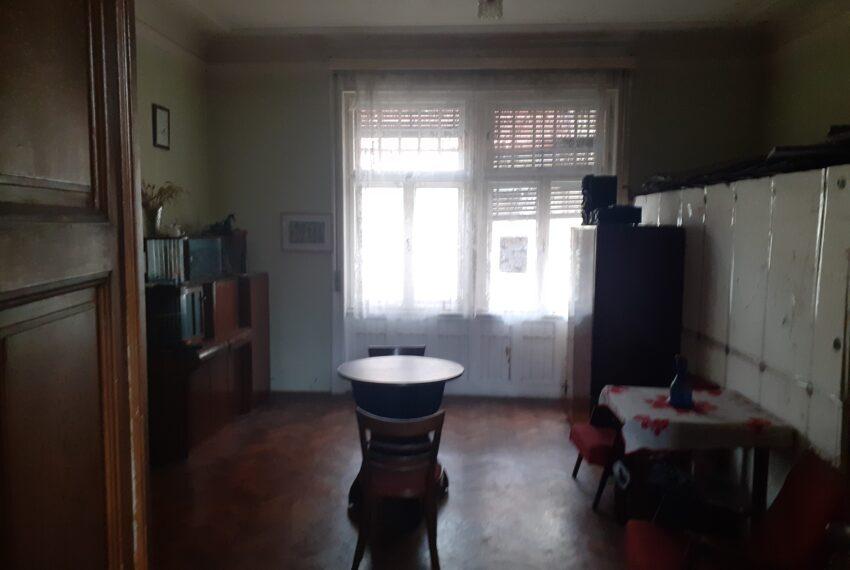 Casa 6 cam, Eminescu (11)