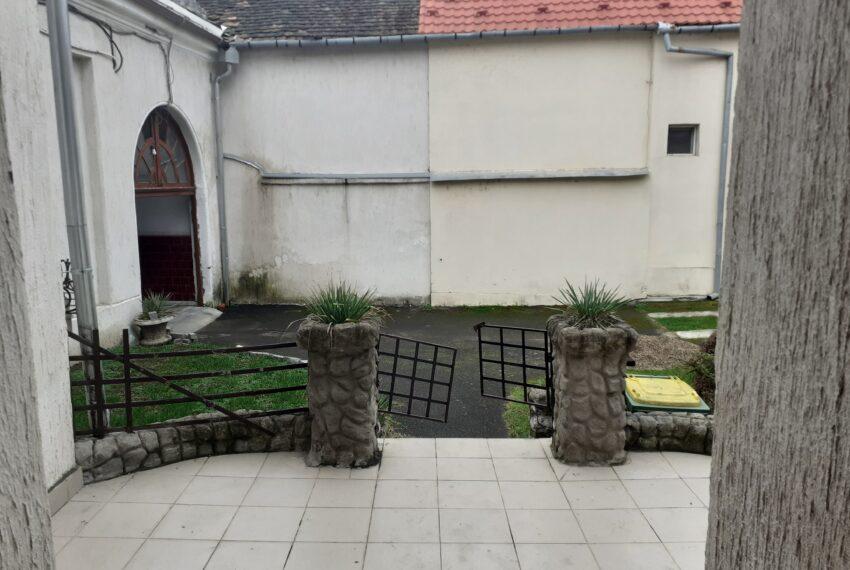 Casa 6 cam, Eminescu (5)